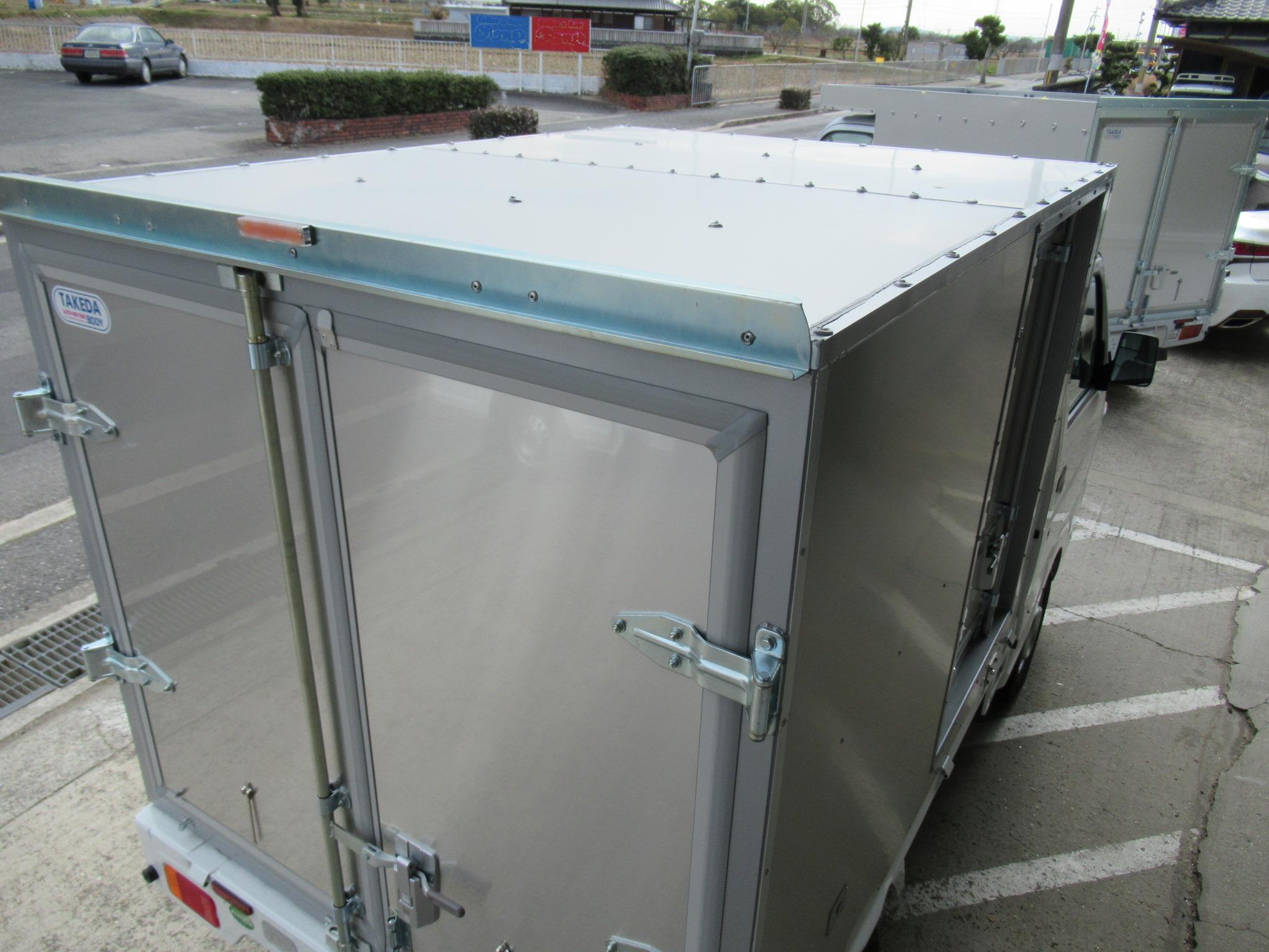 コンテナ型天井アルミトップ架装
